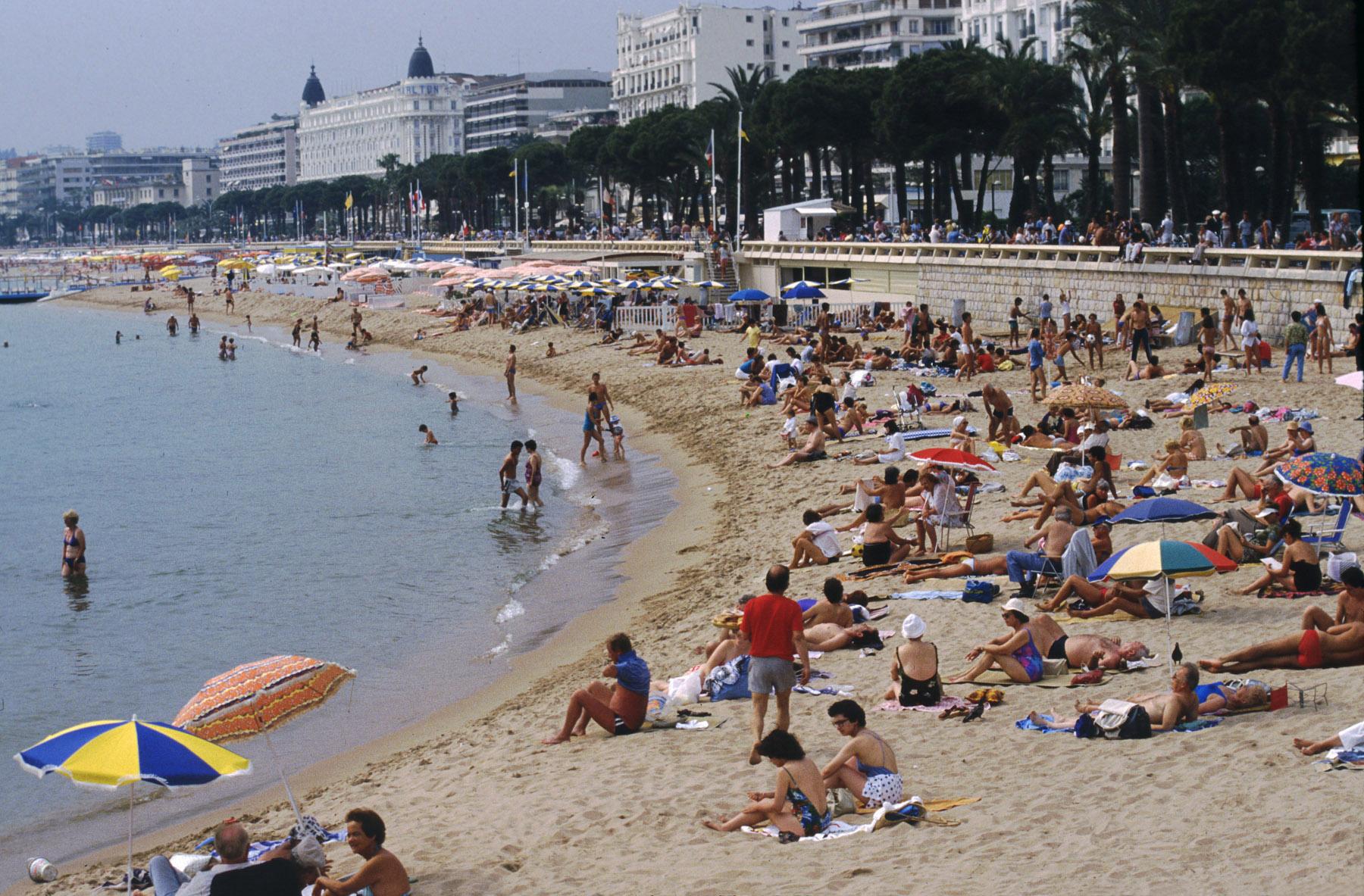Фото нудисткие пляжи франции 3 фотография